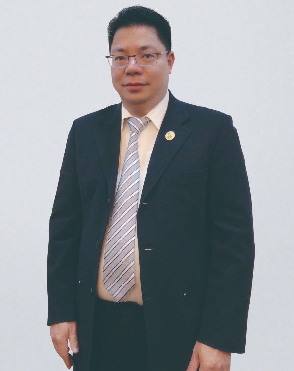 副会长 - 黄雄